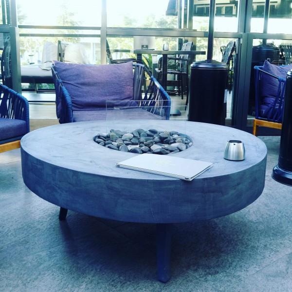 Τραπέζι-τζάκι blens